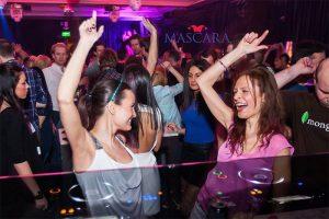 mascara_club